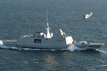 《碧蓝航线》新船介绍 拉菲背景一览