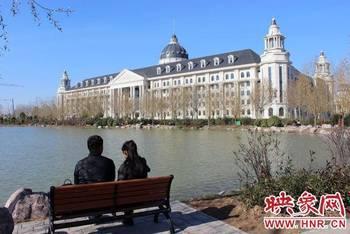 慕嫉妒恨 河南农大新教学楼似白宫图片