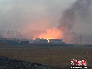 河北省承德县发生森林大火 暂无人员伤亡