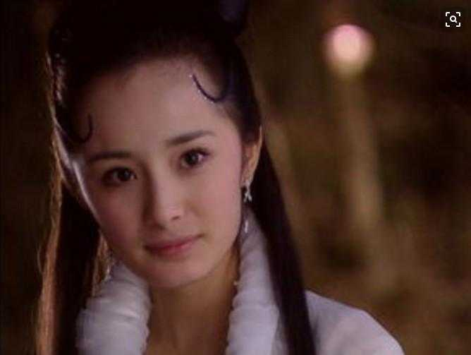 娱乐: 同样扮演狐狸一角, 网友: 出师了, 看杨幂如何下台!