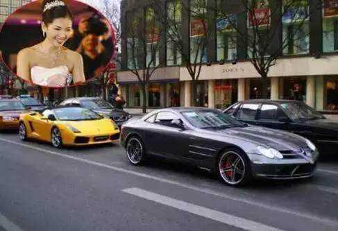 """网友爆出:明星捐款明细,刘涛一出手就是20万,,看来""""贤妻""""还真是人如其名。"""