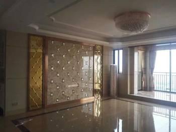 2.客厅地面做了波导线,让空间感更强.