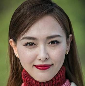 唐嫣的外媒无ps照曝光,脸上的雀斑清晰可见,但丝毫不影响她的美~其实