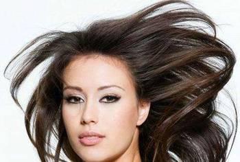 女头顶头发稀少 图片合集图片