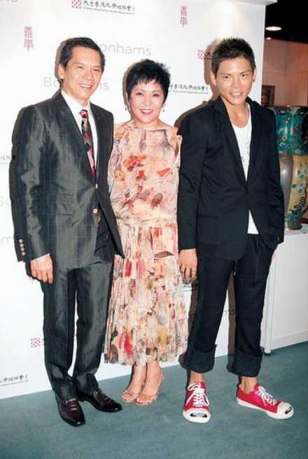 中国娱乐圈最有钱有势的5大家族,身价百亿,大陆占据两