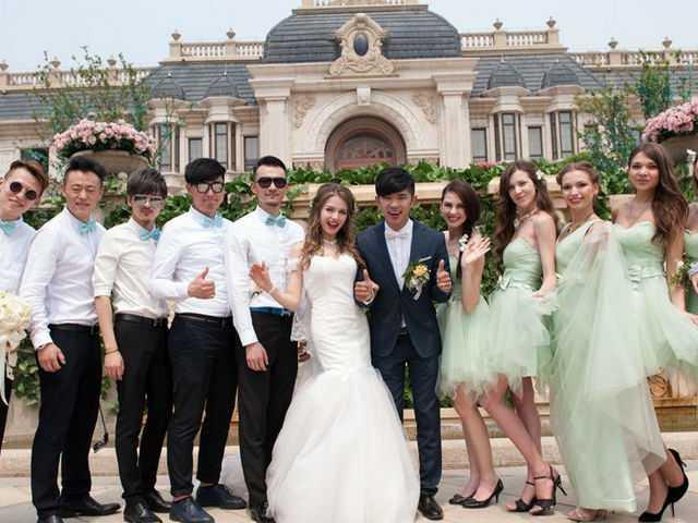 中国济南小伙迎娶俄罗斯新娘,新娘伴娘都是大美女.