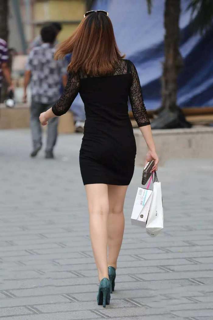 最美背影:包臀裙专列花这时尚太美啦,魅力背影大长腿美女姐妹图片