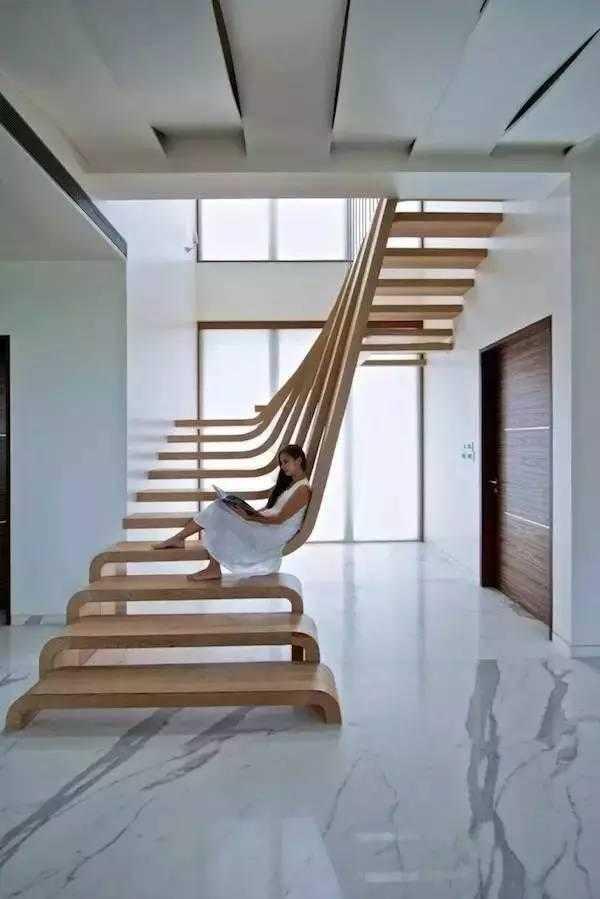 25款楼梯设计!收纳,放书,loft,小卧室,卫生间等竟然都