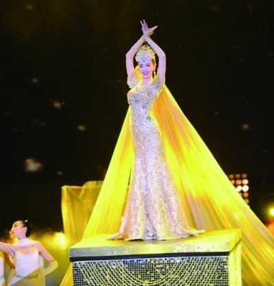 娱乐 文章详情  金鹰女神向来是金鹰节的重头戏,当选者从刘亦菲