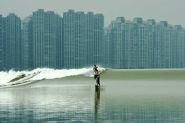 红牛钱塘江国际冲浪对抗赛国家队