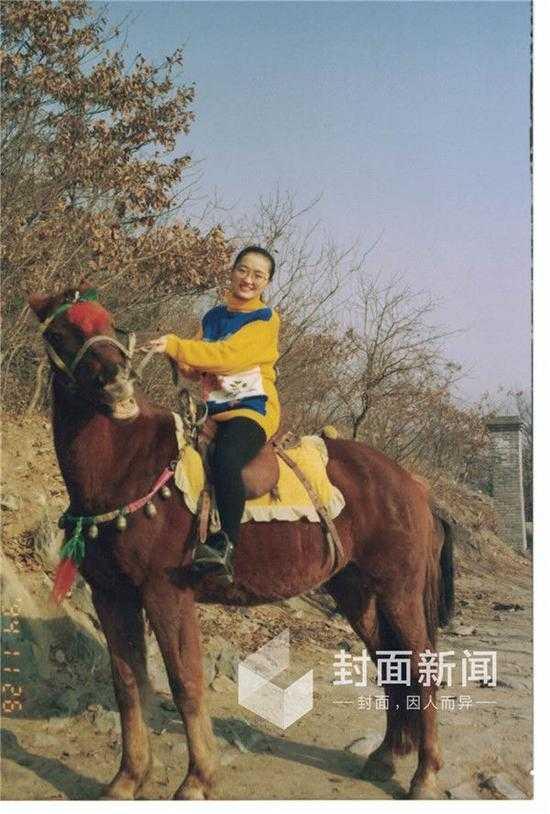 国内 文章详情  (原标题:牟其中唯一代理人夏宗伟:我不管他,他一个