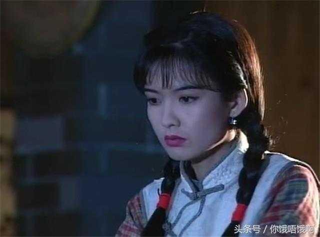 刀马旦周慧敏粤�y�b_49岁周慧敏和29岁江若琳合照 相差20岁 依旧是当初的女神