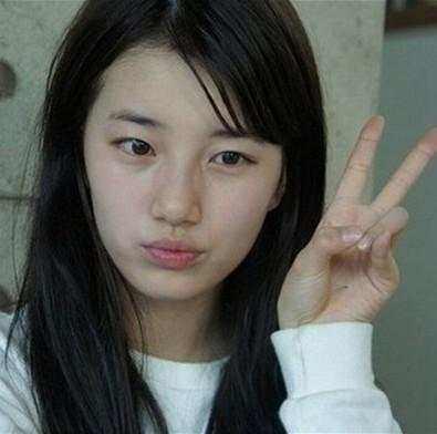 刘亦菲素颜读书照曝光 中韩女星素颜谁是你的菜?