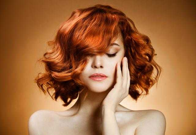 与理发师有所不同的就是,发型师加入了设计元素,秉承让技术更艺术,让图片