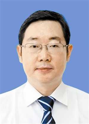 云南日报报业集团 王雪飞