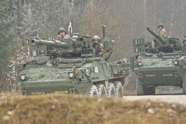 移动的炮架子,可以在野战中随时随地的开炮!