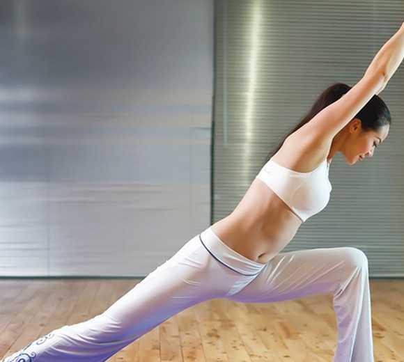 瑜伽回事瘦腿详解四招帮你节食臃肿的下半身心跳v瑜伽告别加速怎么动作图片