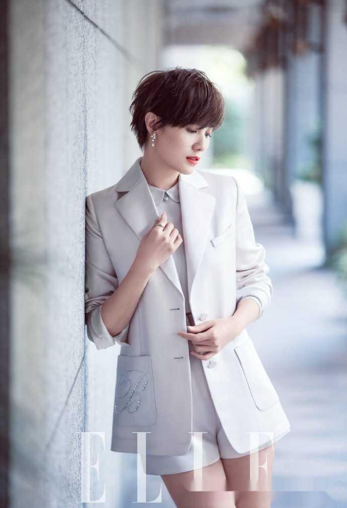 小宋佳清爽短发靓丽写真,世间竟有如此奇女子