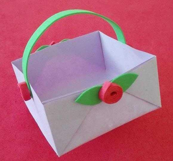 美丽的折纸小篮子的做法,过家家必备哦!