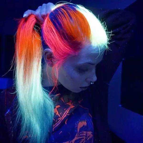 只需染一次头发,就可以在白天与夜晚呈现出两种截然不同的画风.图片