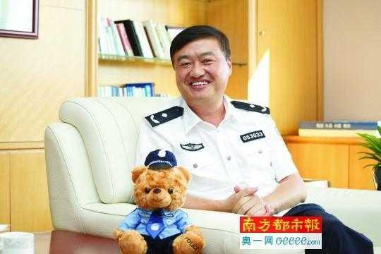 深圳交警局_深圳市交警局局长徐炜:为了深圳的交通有改善,有争议我们也要做下去
