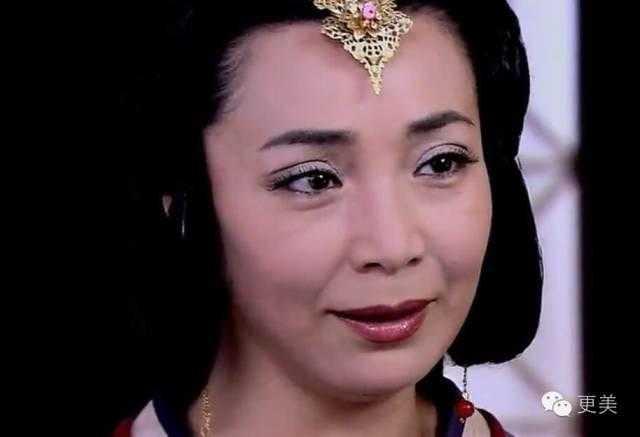 章子怡周迅杨幂天后撕x再升级,到底什么样的脸才是皇后脸?图片