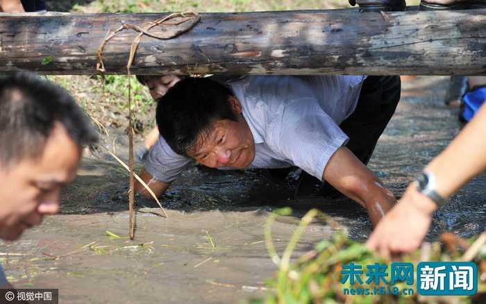 2016年09月24日,江苏省南通市,海安县白甸镇第四届采菱节在洪