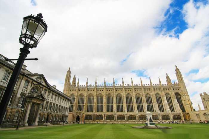 古老的英国剑桥大学风景