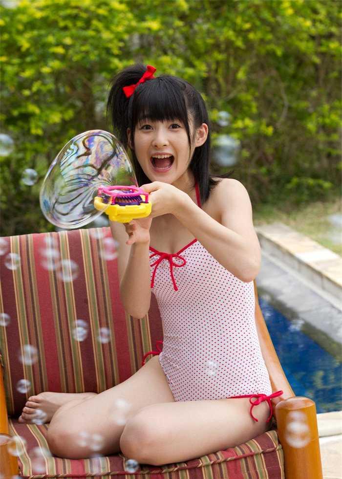日本可爱萝莉笑容甜美