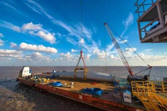 华能如东海上300兆瓦风电场加快建设 单个风机施工周期缩短一半