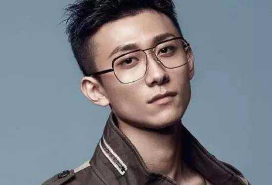 男星们的发型也很重要,杨洋,张一山中枪图片
