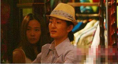 据说,谢娜卸妆后看上去比张杰老十岁,而吴昕素颜更像李维嘉,而性感女图片