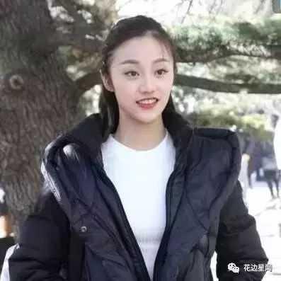 王俊凯艺考惨遭围堵跳窗逃走, 最后却是小刘亦菲抢了镜?