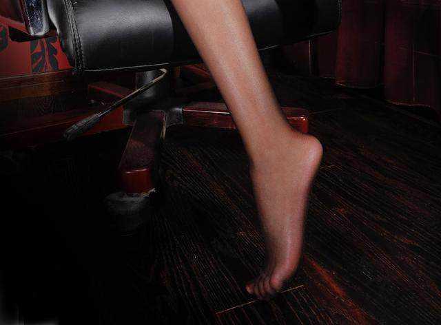 美女图片高跟鞋时尚色禁亚洲美女图图片