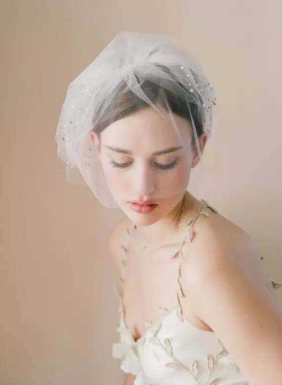 新娘头纱造型,让新娘美丽多的不止一点点!图片