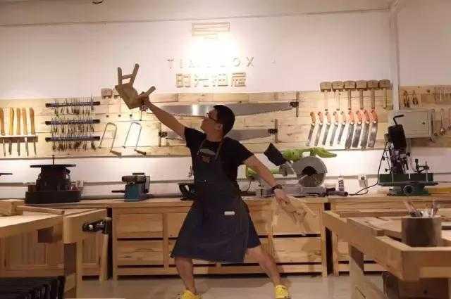梁木匠和他的抽屉时光5v直流稳压电源v木匠图片