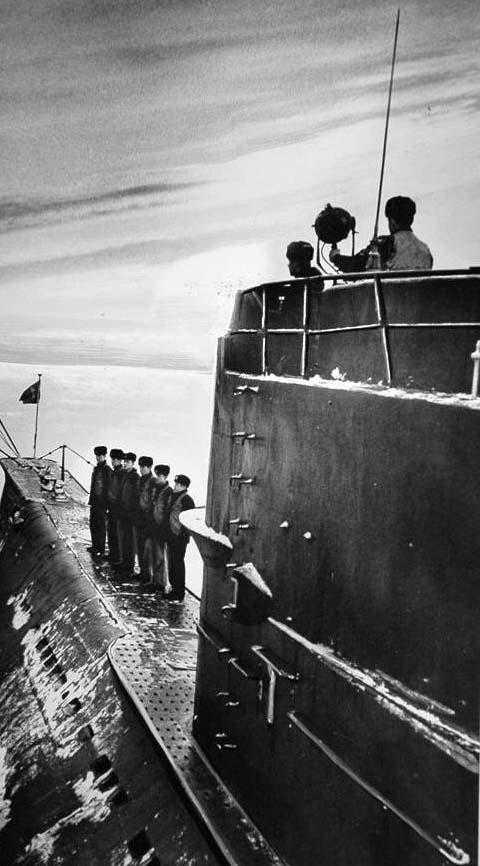 手绘前苏联钢铁洪流震撼图片——重温消失的铁幕