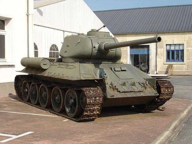t-34-85中型坦克