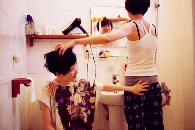 亚洲日本女同性恋mp4_温暖的爱情,台湾女同性恋的叛逆生活