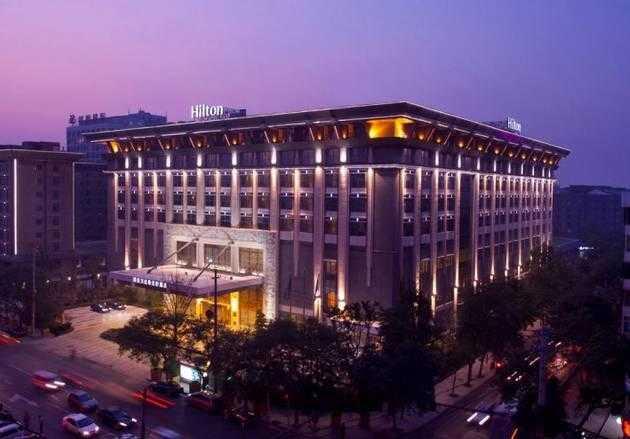 地址: 西安市科技路38号乙(科技路中段路南) 西安万达希尔顿酒店