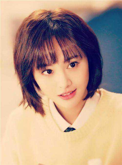 短发女星,郑爽青春甜美娜扎气质,但你还记得她吗?
