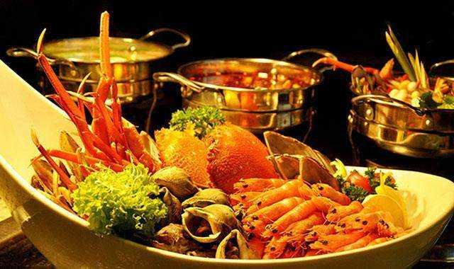 皇家火锅泰餐,pallazzo国际自助餐,鱼翅燕窝(皇帝宴),水果大餐,这种泰