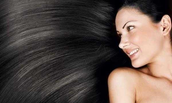 维生素c是营养头发最有效的元素之一.图片