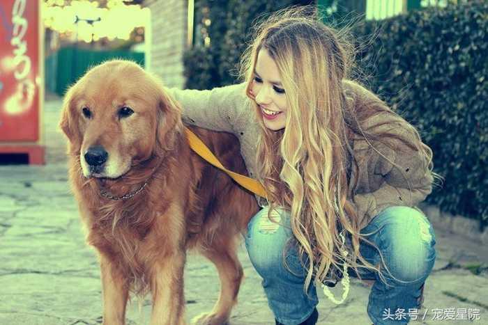 少女和狗做爱视频����_美国可爱少女和美系金毛
