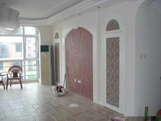 3,木饰面隐形门:利用木墙板同门面板造型相结合.