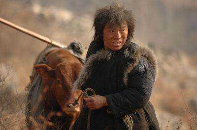 陈道明自曝跑7年龙套 黄渤曾演乞丐王宝强16岁拍床戏