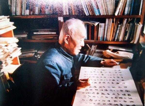 详情周记1930年,19岁的季羡林初中毕业后,因为家贫,想找份v详情养家文章春天高中来了600字图片
