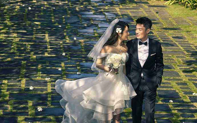 林心如霍建华结婚照.图片