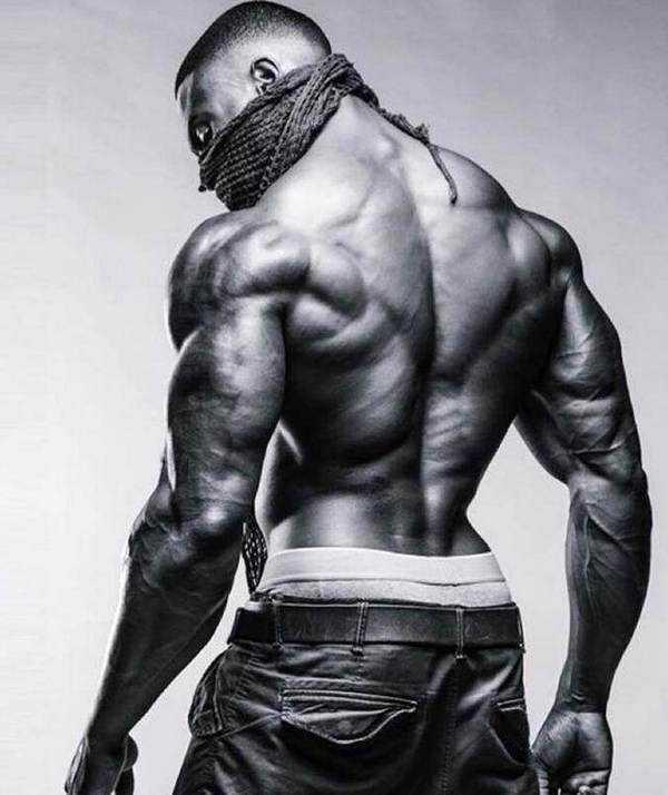 大屌操大逼_虽然是大屌哥的最佳cp,这个肌肉熊猫的身材要比大