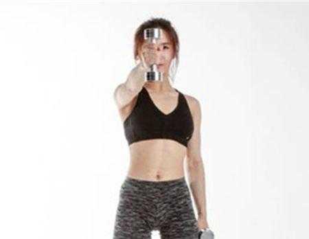 【图】哑铃前平举练什么肌肉哑铃锻炼方法介绍
